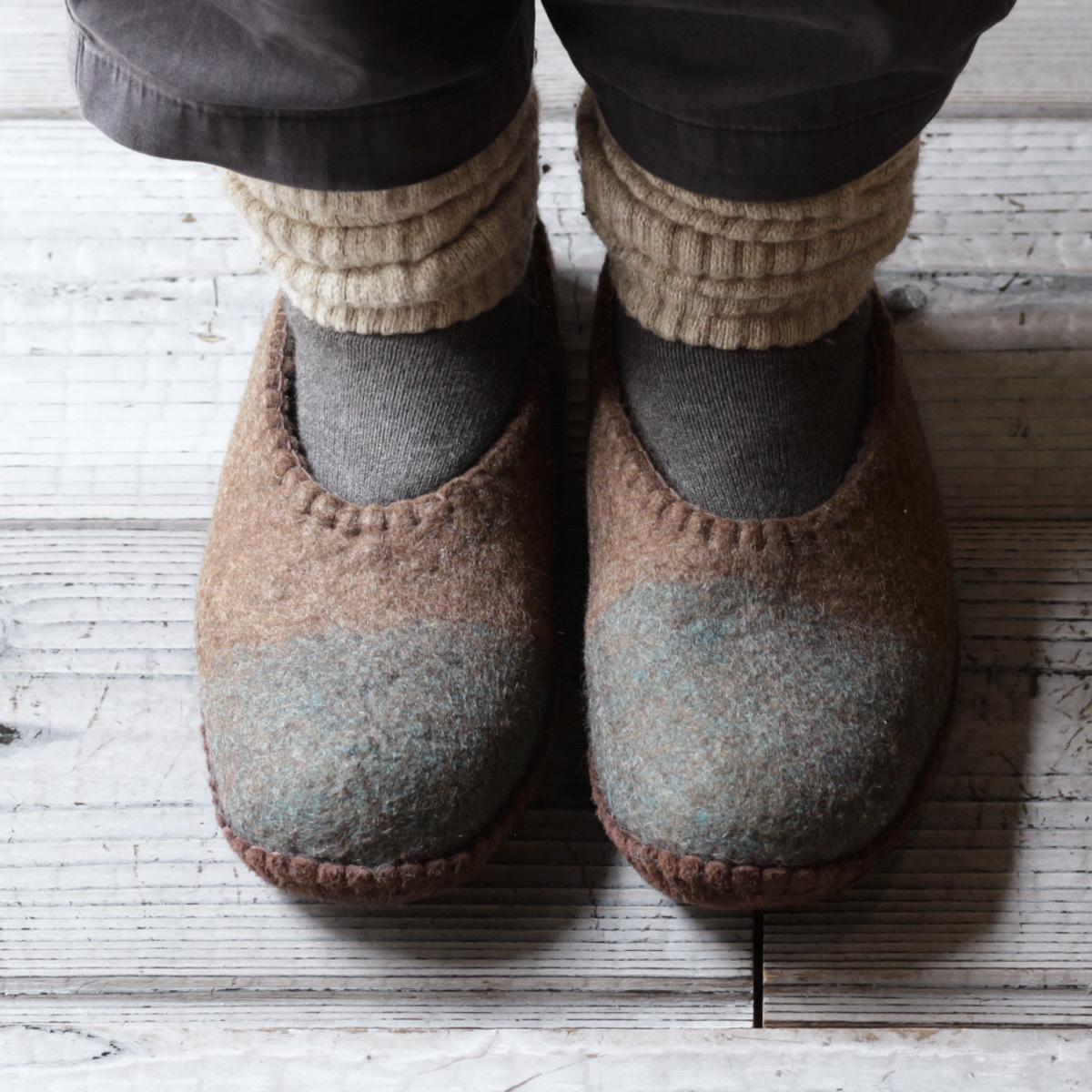 モンゴル羊毛のルームシューズ 2020 /  MUNAGE x BLUE