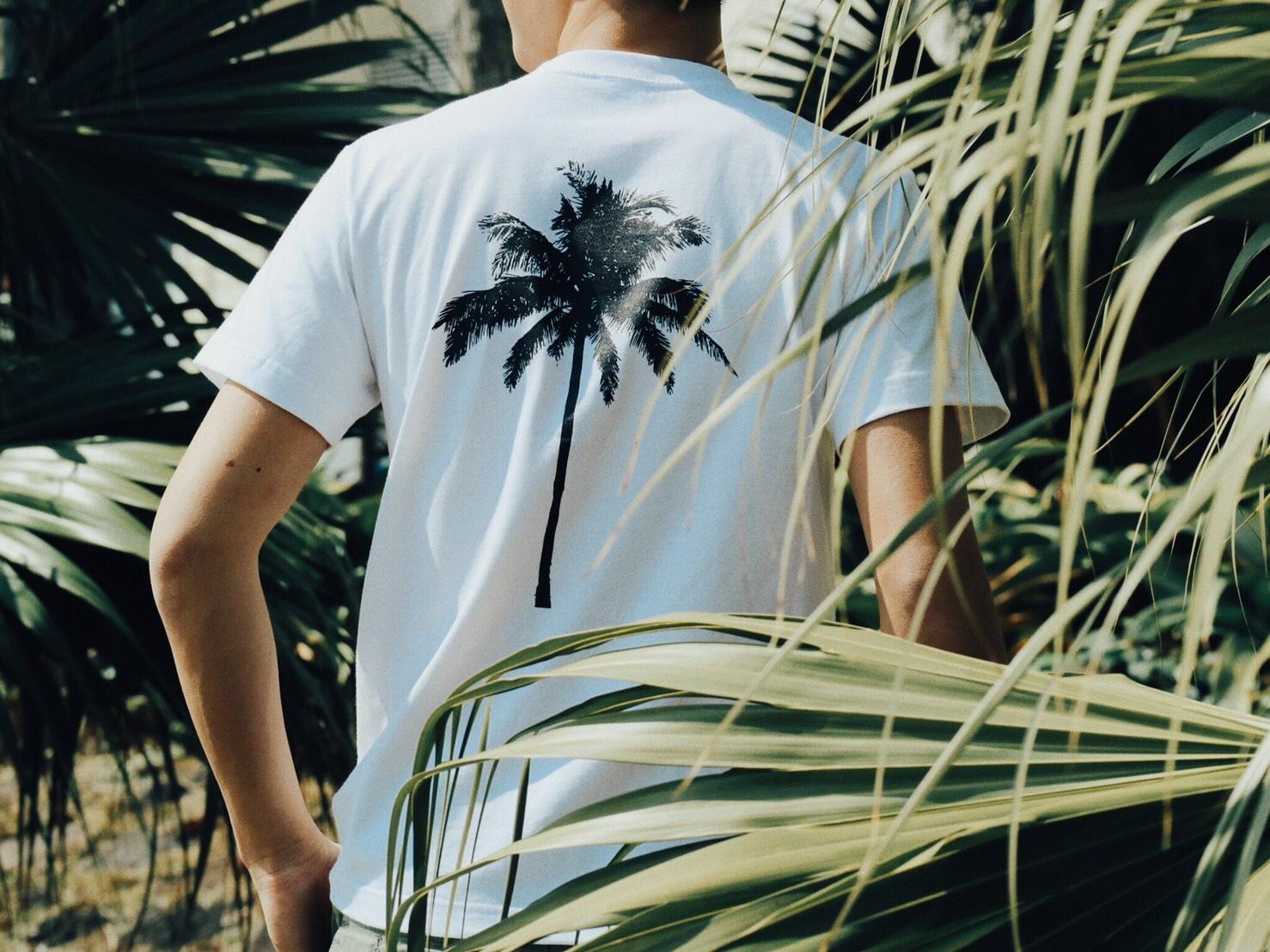 【7/10 21:00再入荷】(Fine7月号掲載) Palm tree Tシャツ (white)