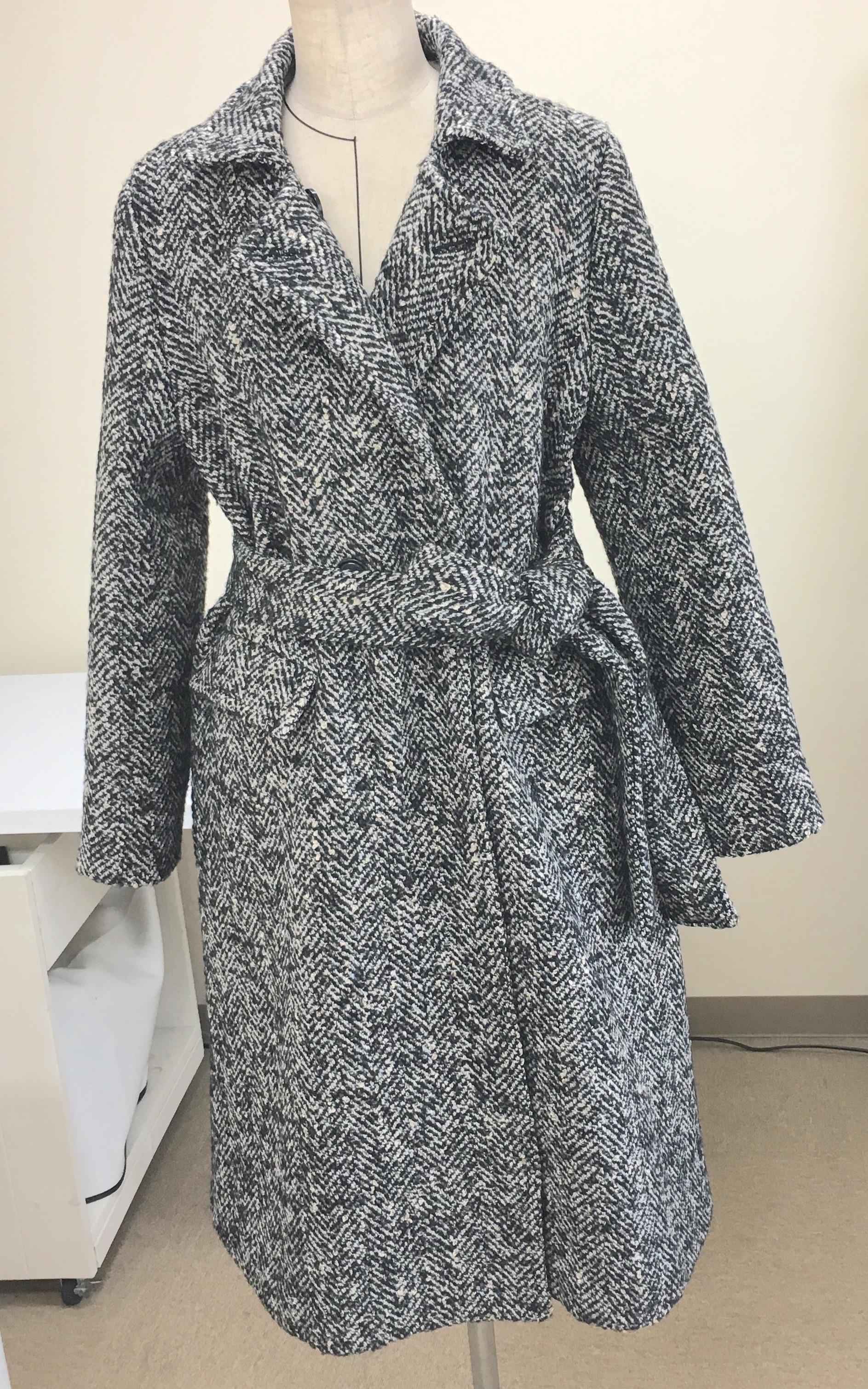 W011 Aラインベルテッドコートの型紙