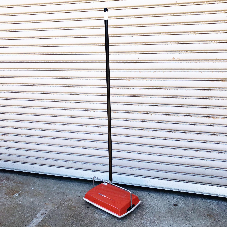 品番1133 Bissell(ビッセル) フロアスイーパー 手動掃除機 レッド カーペット 床 ヴィンテージ