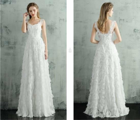b7b30b8370cf1 ウェディングドレス 大きいサイズ 白 二次会 花嫁 激安 大人気 ふわふわフェザー ホルターネック