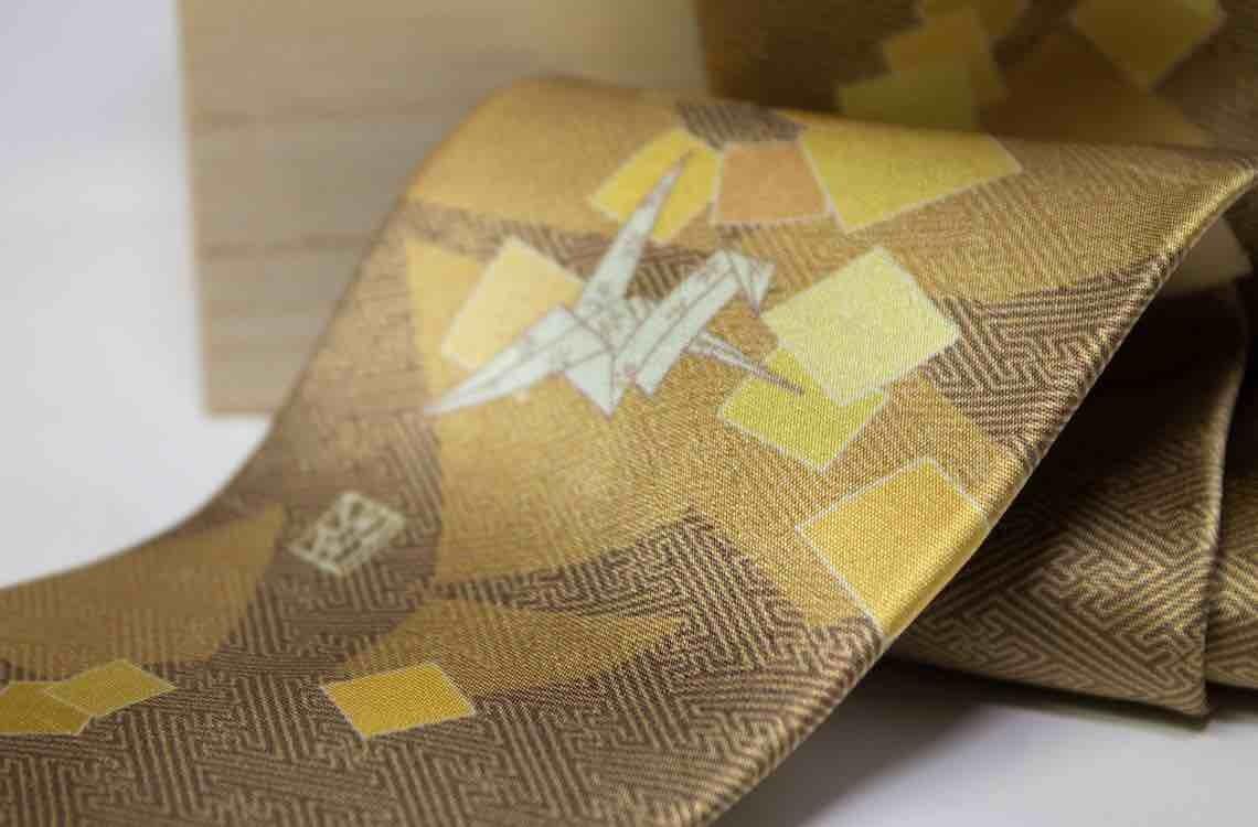 和柄ネクタイ「折り鶴・金」