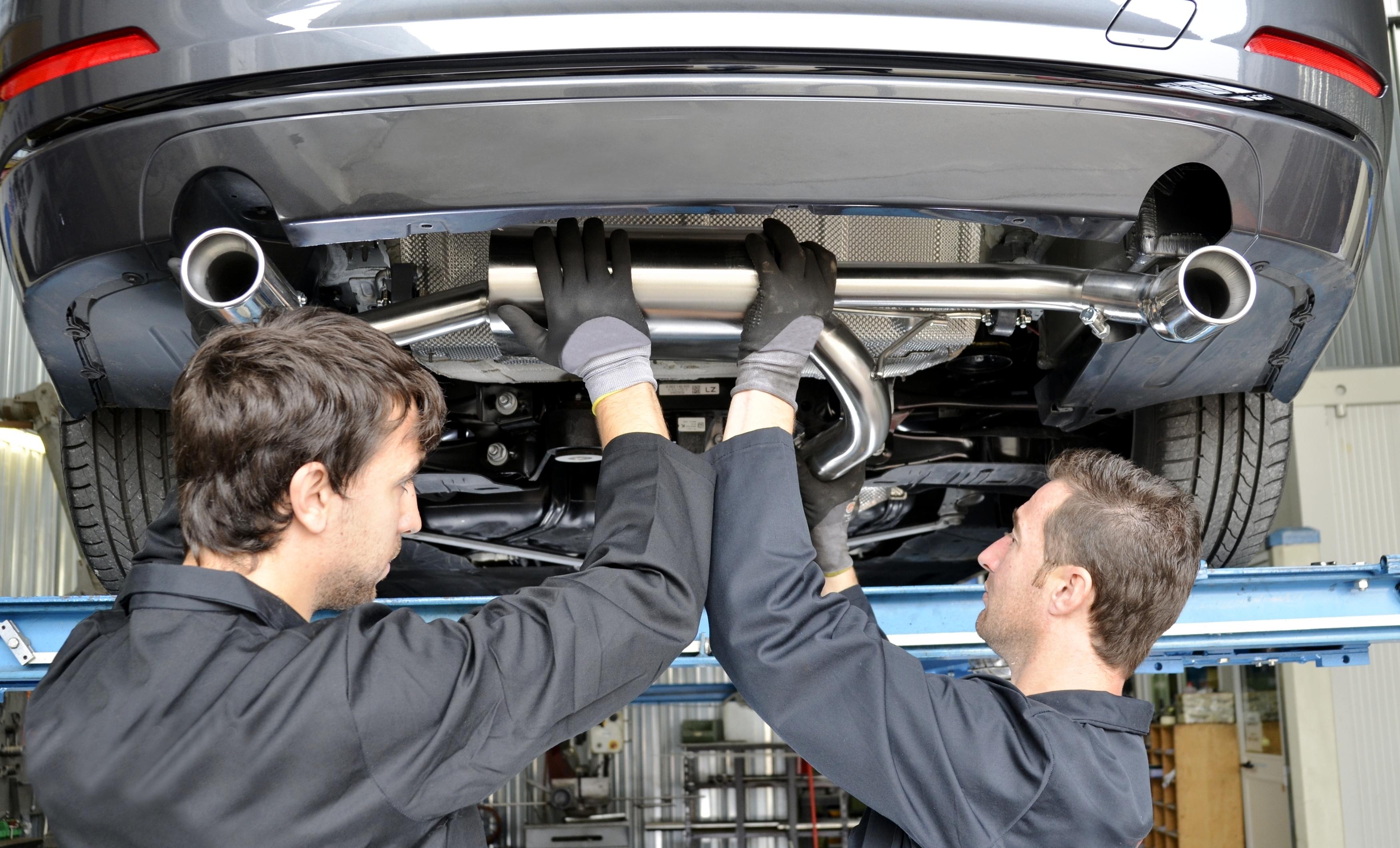国産車/輸入車 マフラー交換費用