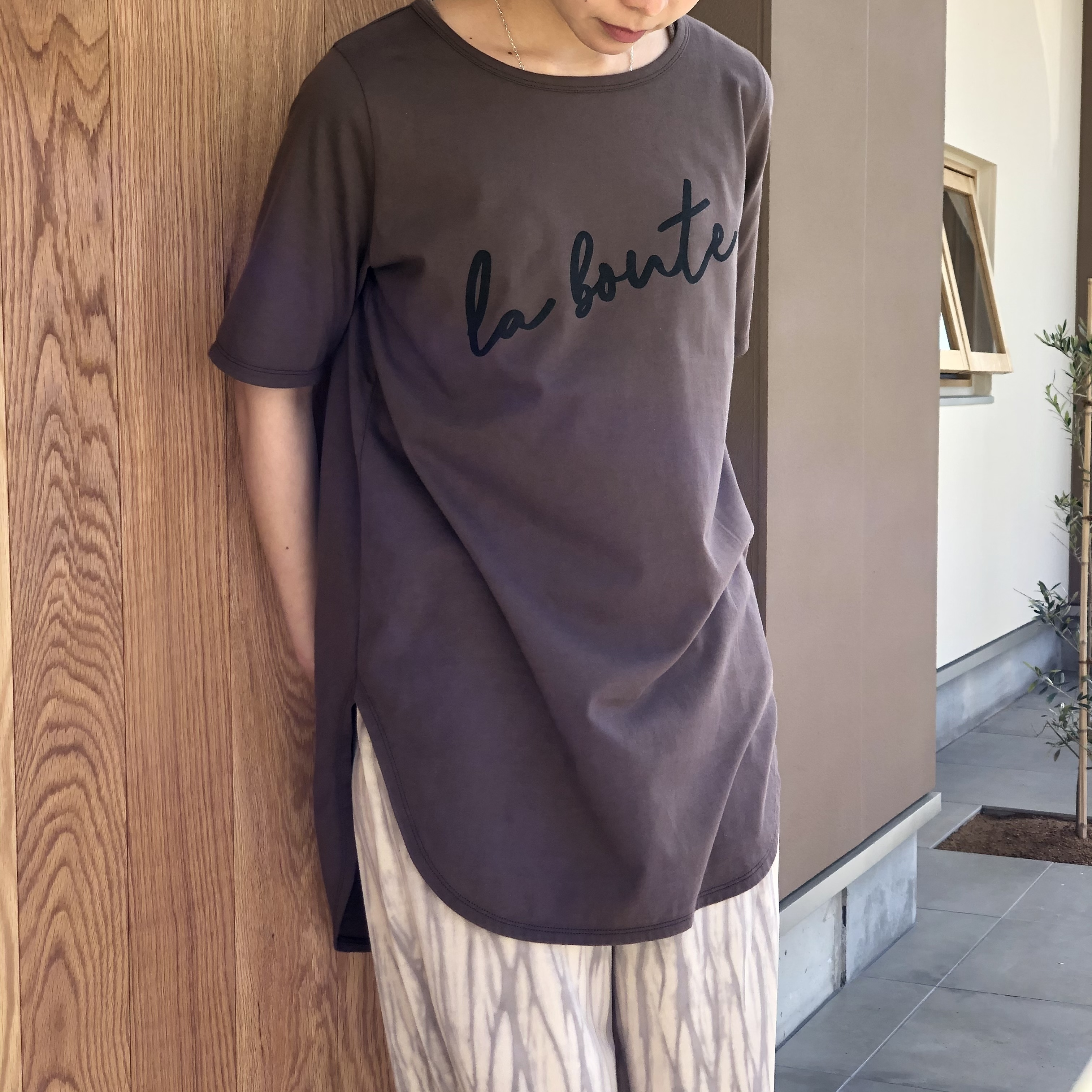 【 siro de labonte 】- R123214 - la bonte ラウンドTシャツ