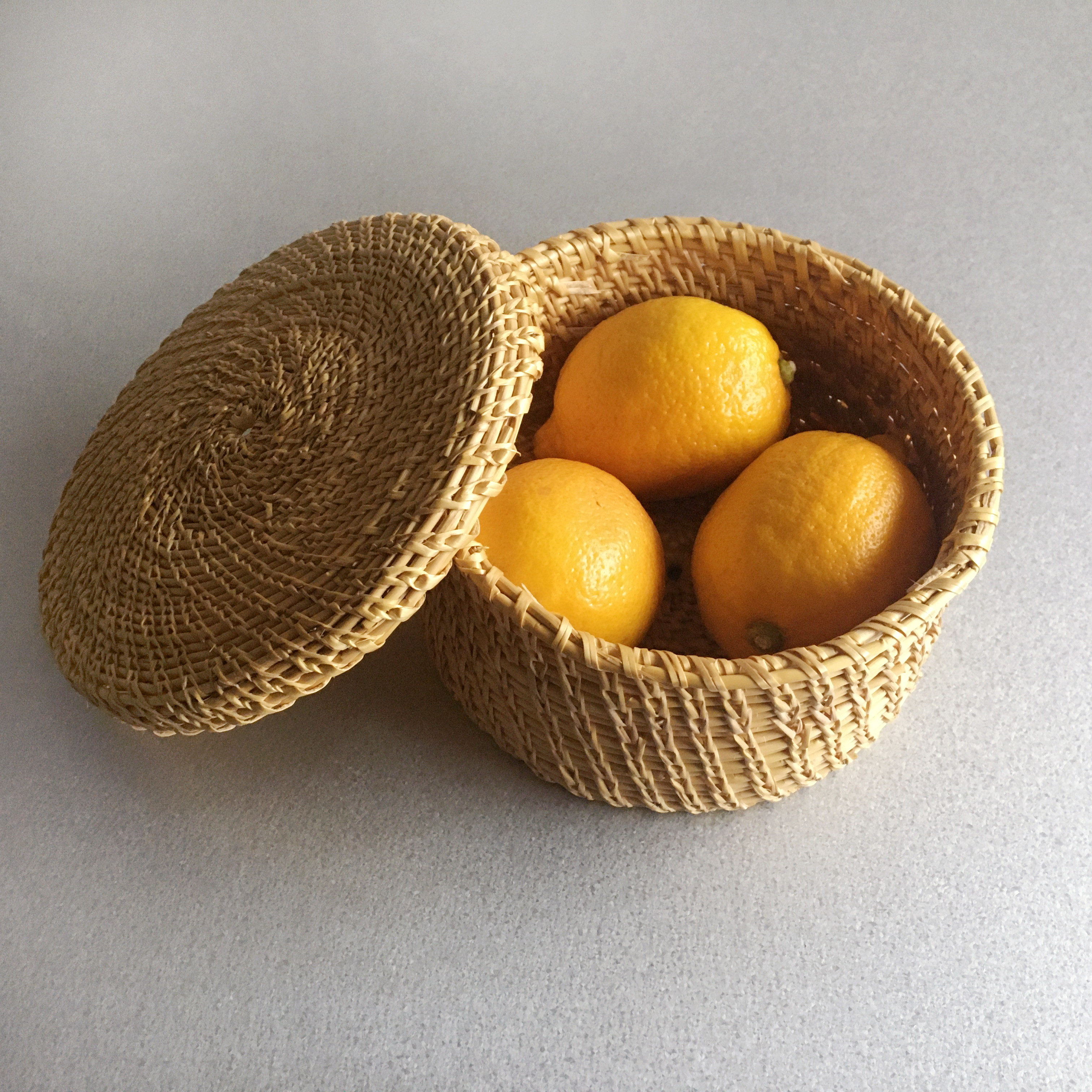 Handmade Round Basket M Size