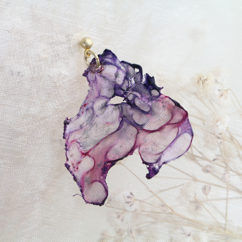 パープルグラデーション|染めオーガンジーのゆれるアートピアス