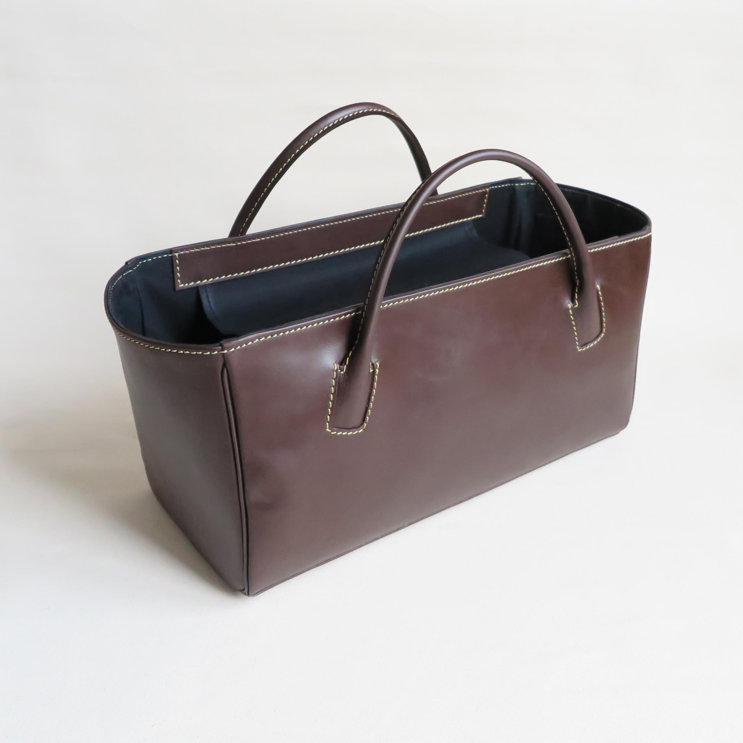 Square box bag D.BROWN