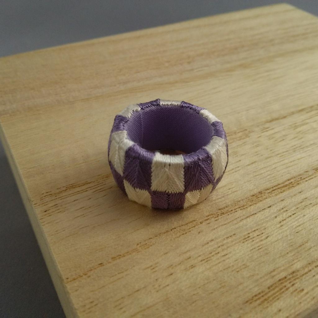 加賀ゆびぬき・元禄(薄紫と白)