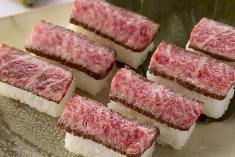 人気 お取り寄せグルメ 黒毛和牛稀少部位使用【特選】柿の葉肉寿司(黒毛和牛7個入)1箱