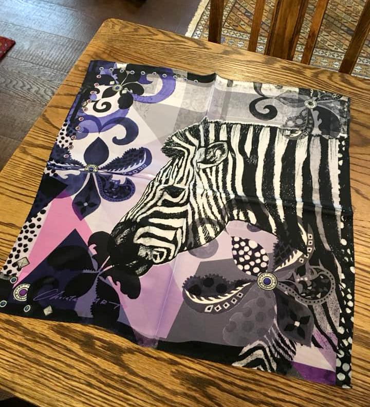 シルクスカーフ「お洒落なシマウマ」(パープル) 50cm角