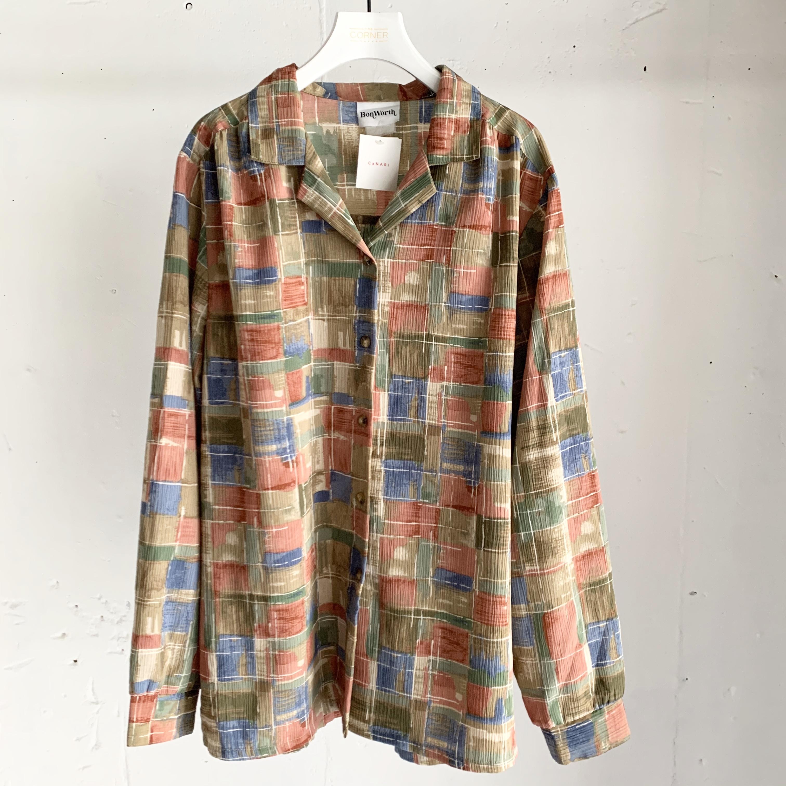 USA vintage open collar blouse
