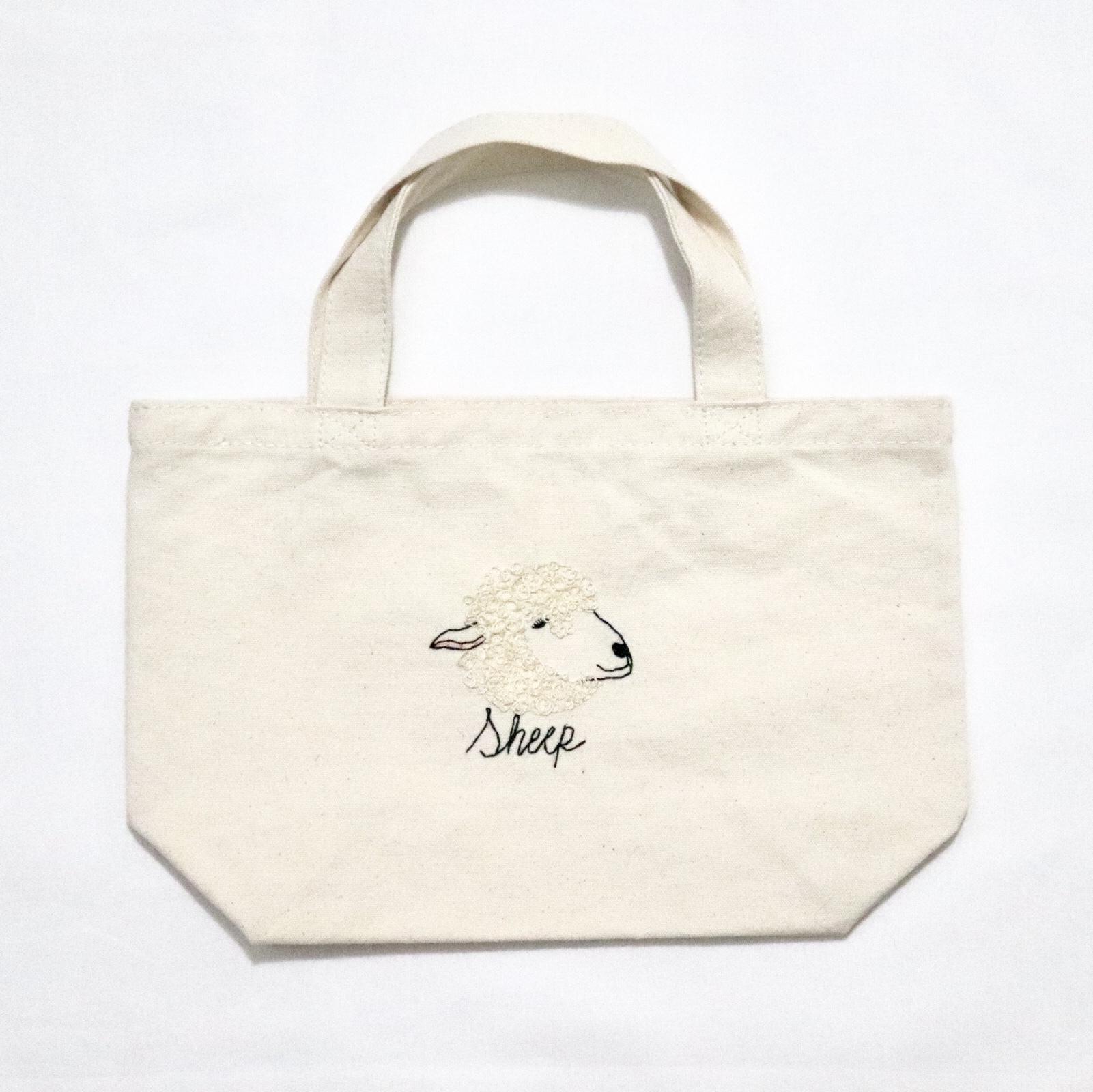 羊の刺繍帆布バッグ