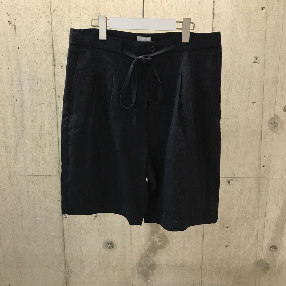 FILL THE BILL HIGH COUNT LINEN TWO TACK SHORTS NAVY