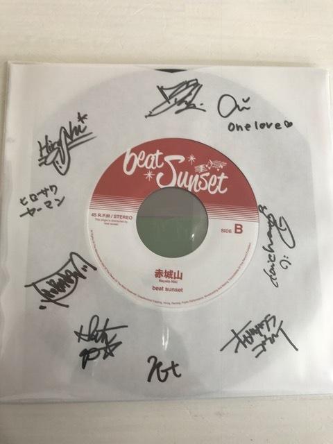 CONTROLLER / コントローラー  ・ beat sunset コラボ企画商品 サイン入り 7inchレコード 大きな嘘  / 赤城山
