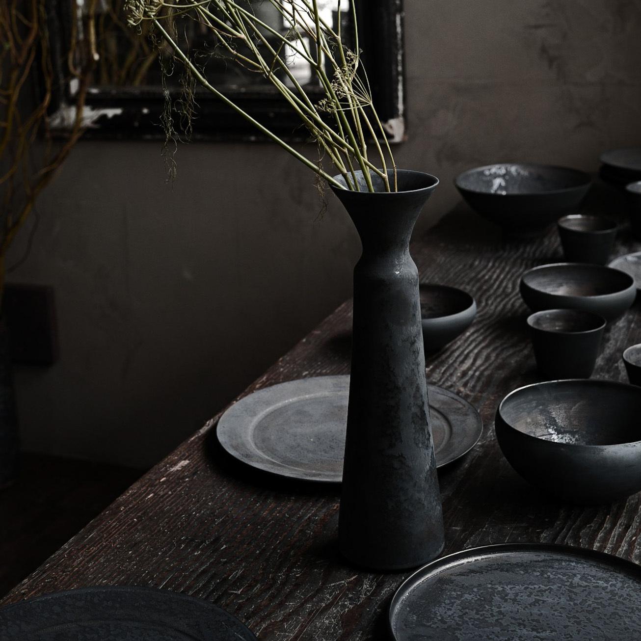 花器黒 murakami yuji 1