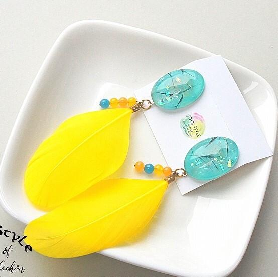 """"""" Earrings NO.0-1477″ フェザーと天然石"""