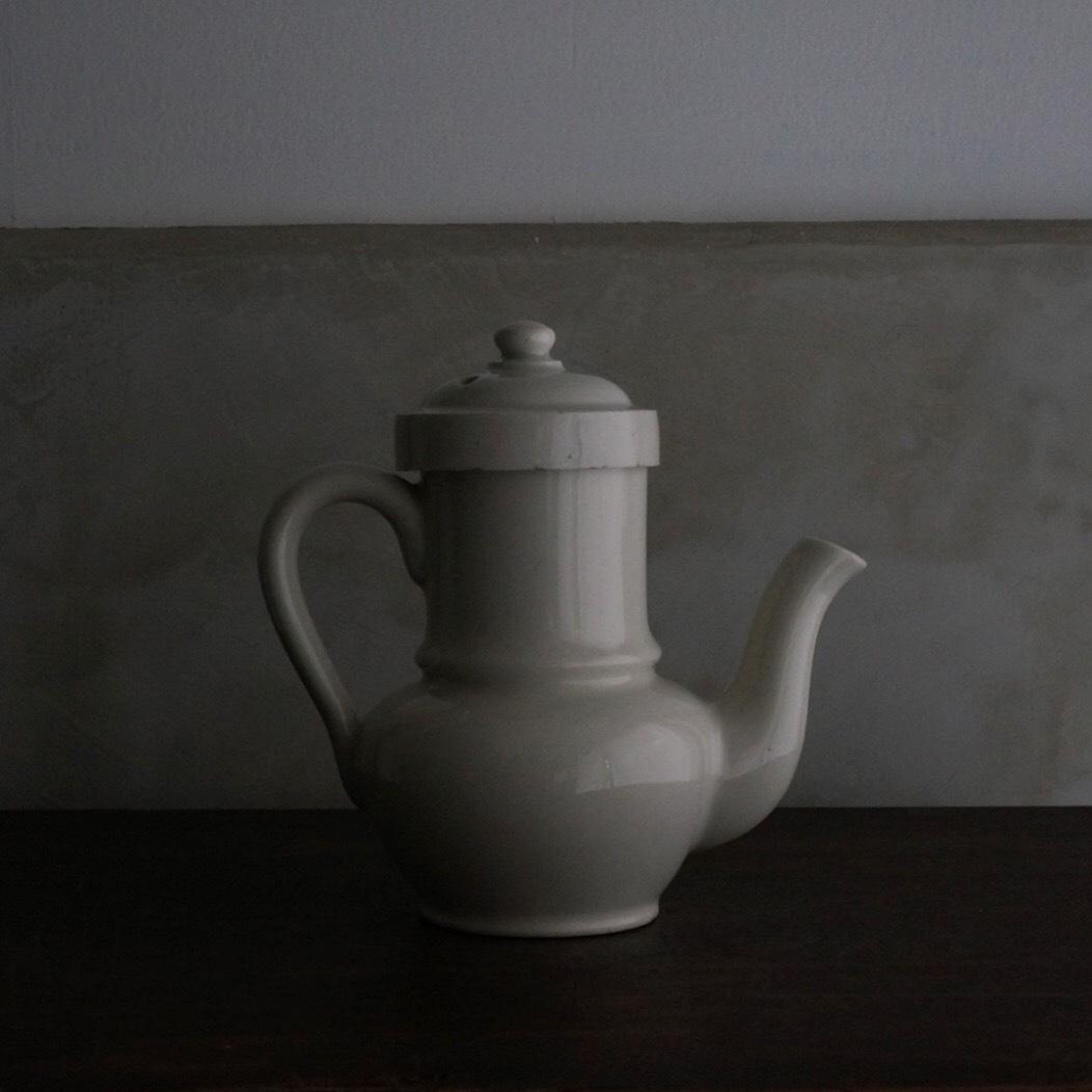 古いフランス 陶器のポット