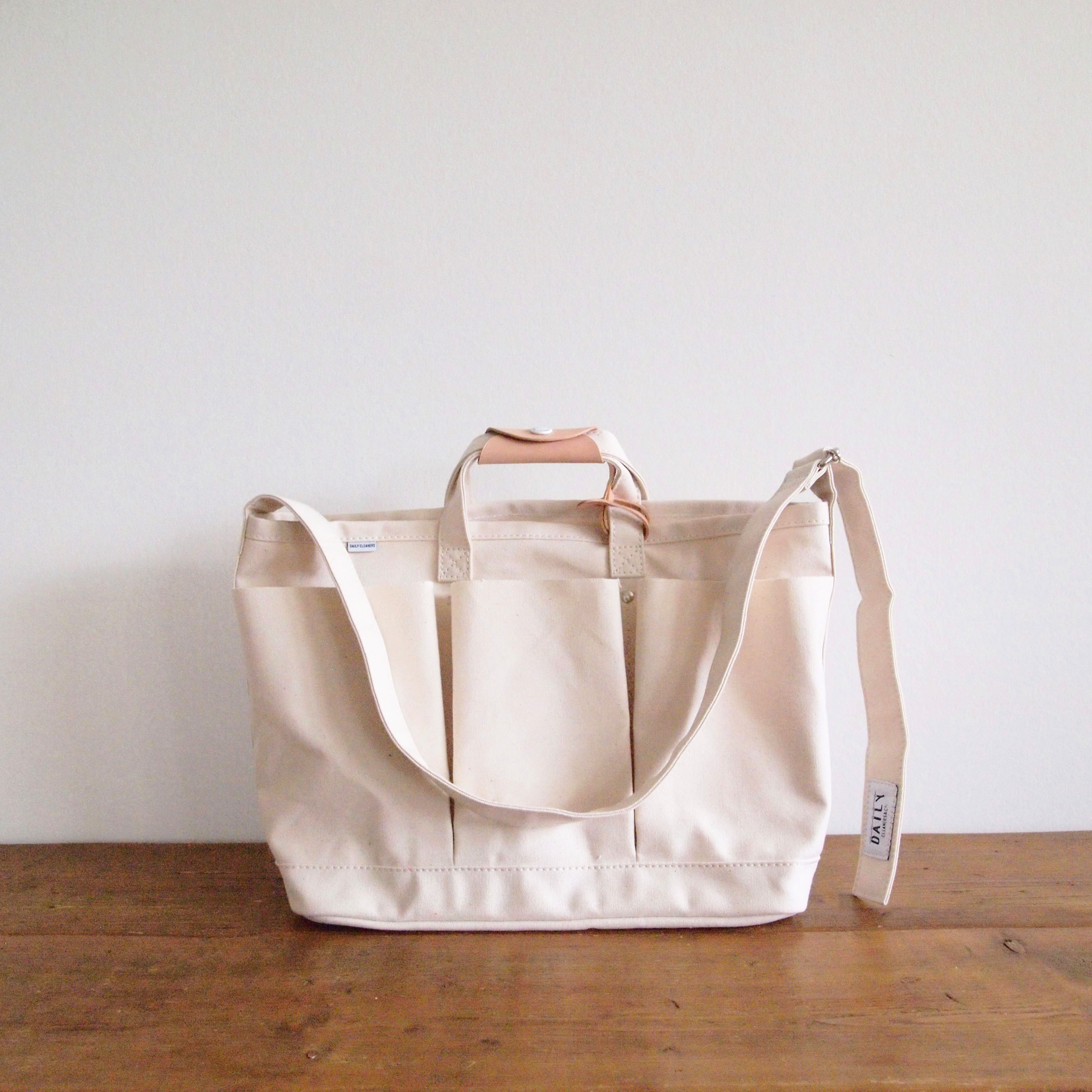 LAUNDRY SHOULDER TOTE BAG_S