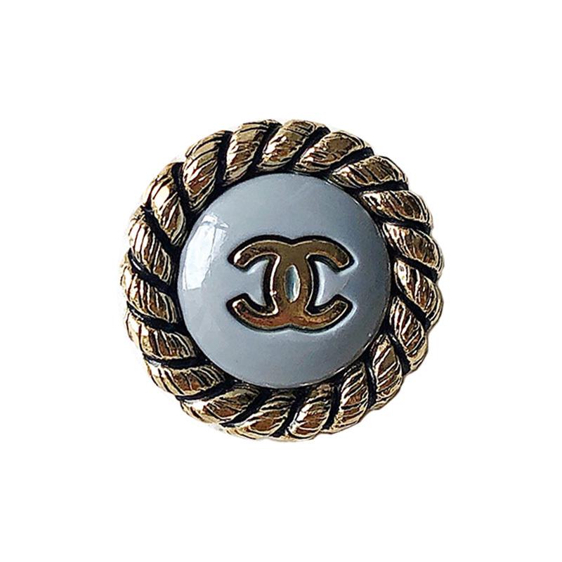 【VINTAGE CHANEL BUTTON】アンティークフレーム ブルーグレー ココマークボタン (小)