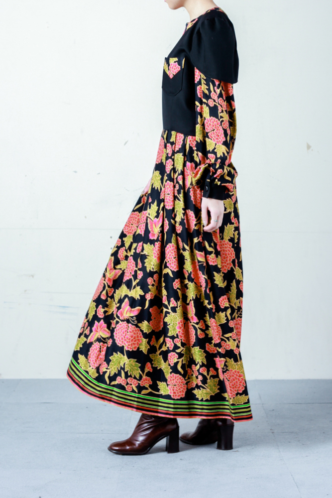 60's Oriental Froral Pattern Dress
