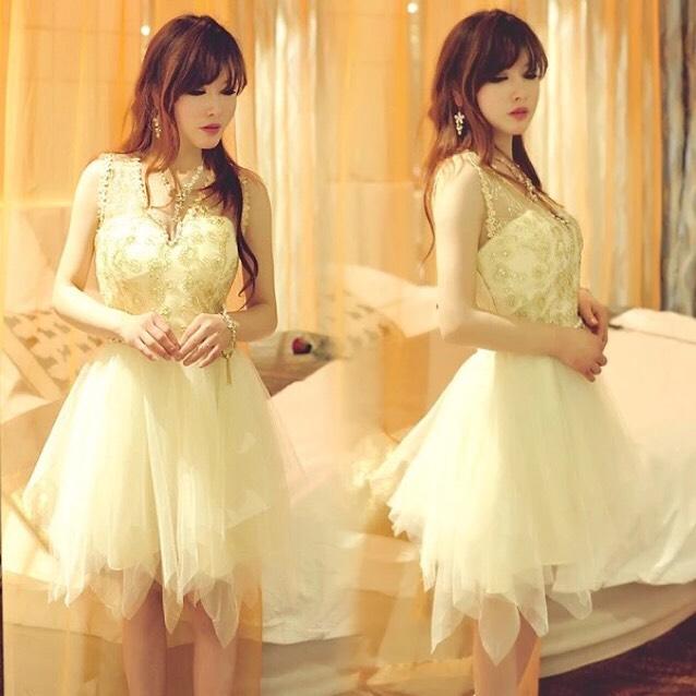 ビジュー×チュールスカートドレス
