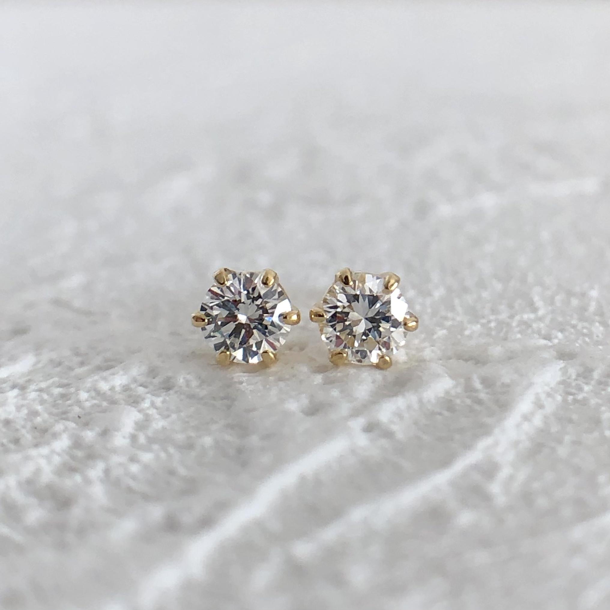 ハート&キューピッド ダイヤモンド ピアス  0.20ct  K18イエローゴールド  チェカ 鑑別書付