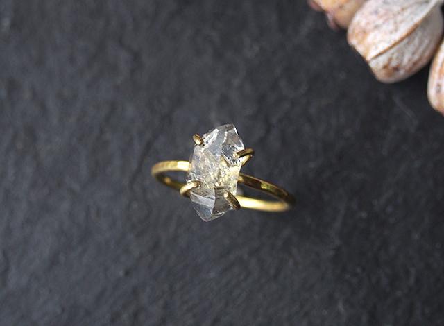 K様オーダー 原石のダイヤモンドクォーツのリング