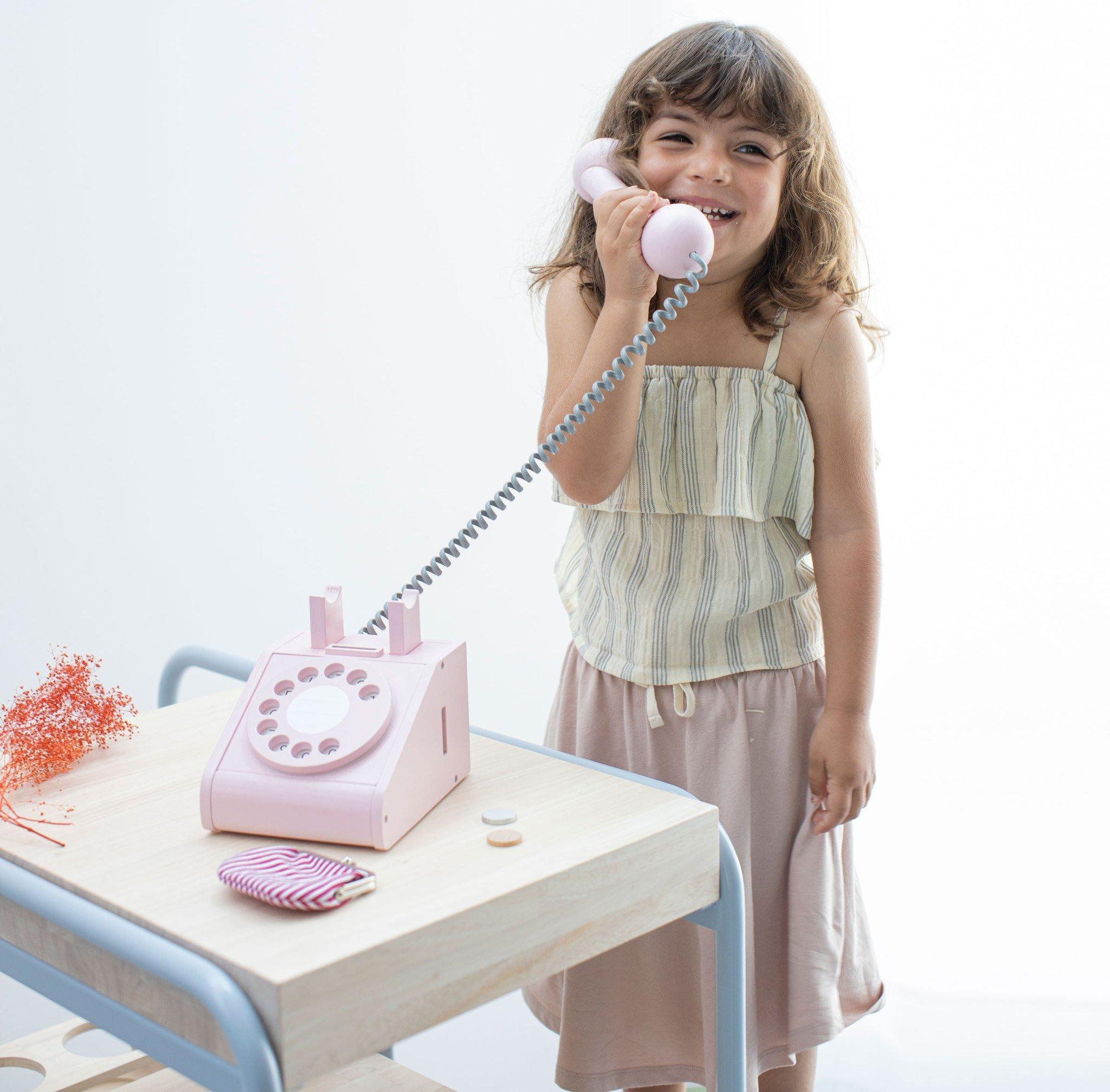 kiko(キコ) telephone(テレフォン) 木のおもちゃ 見た目も可愛く プレゼント に最適