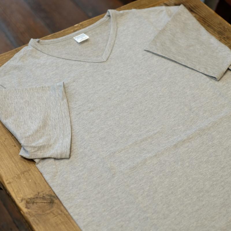 Workers(ワーカーズ) 3PLY VネックTシャツ グレー
