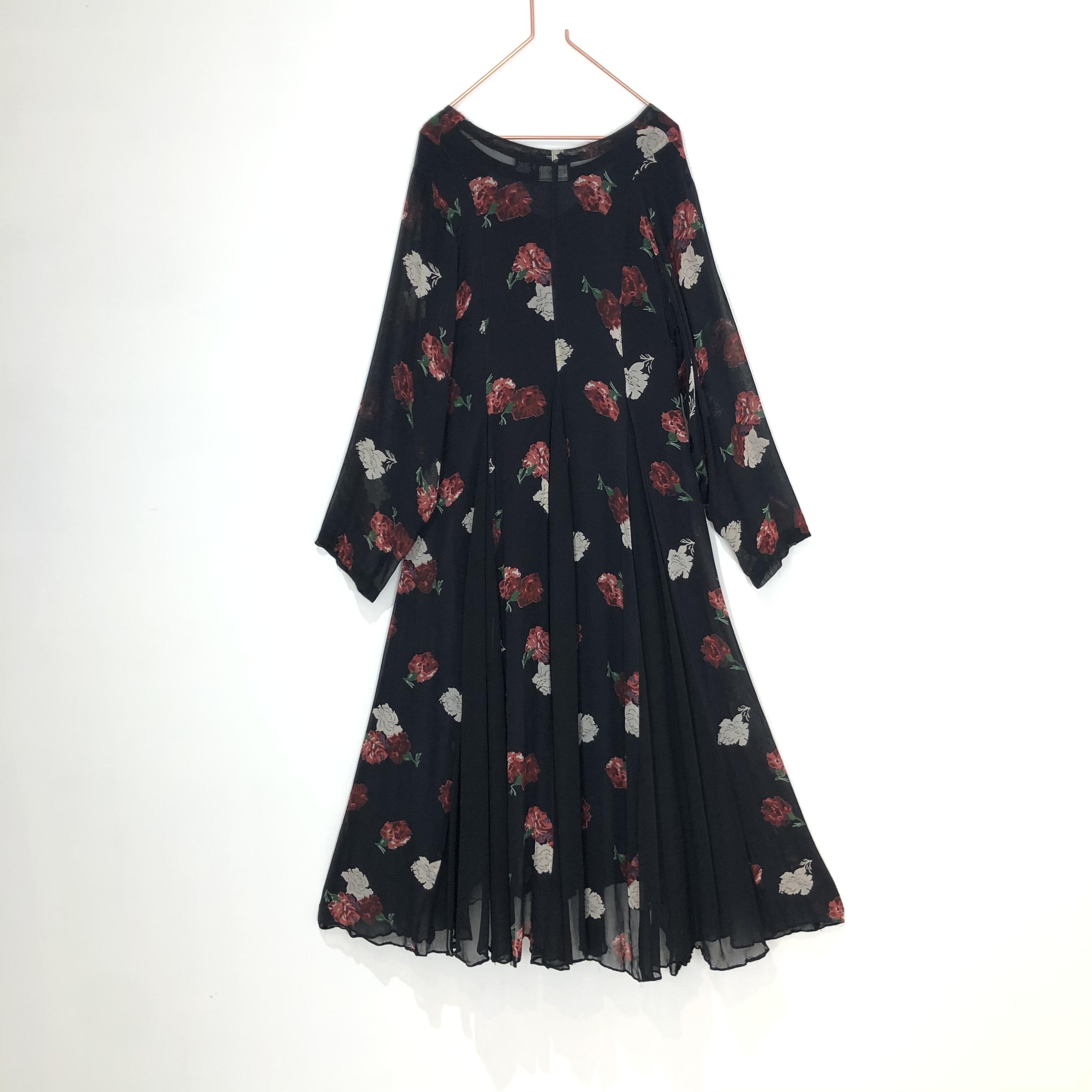 ◼︎90s carnation pattern sheer long dress from U.S.A.◼︎