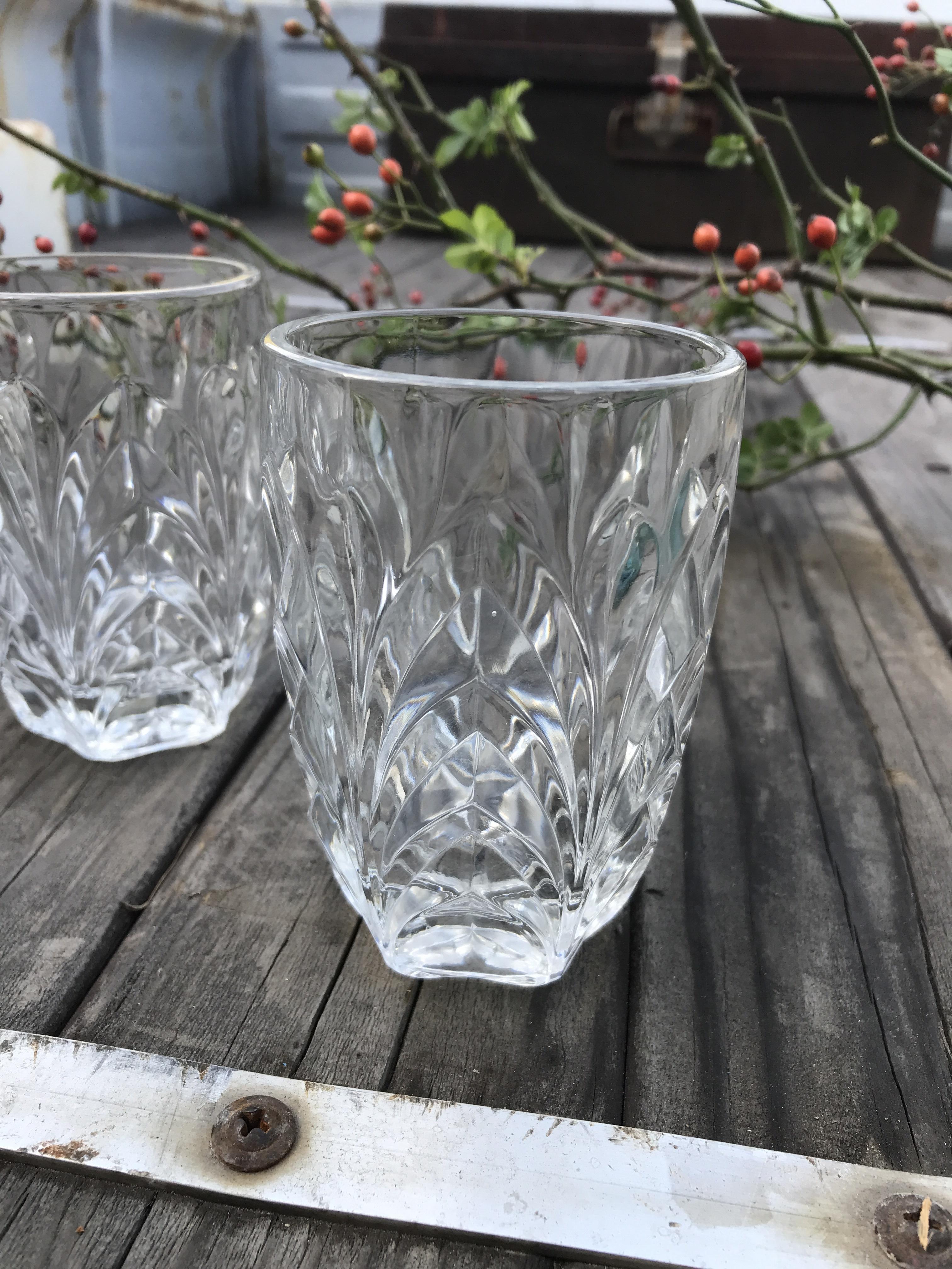 レトロ ずっしり重たいグラス