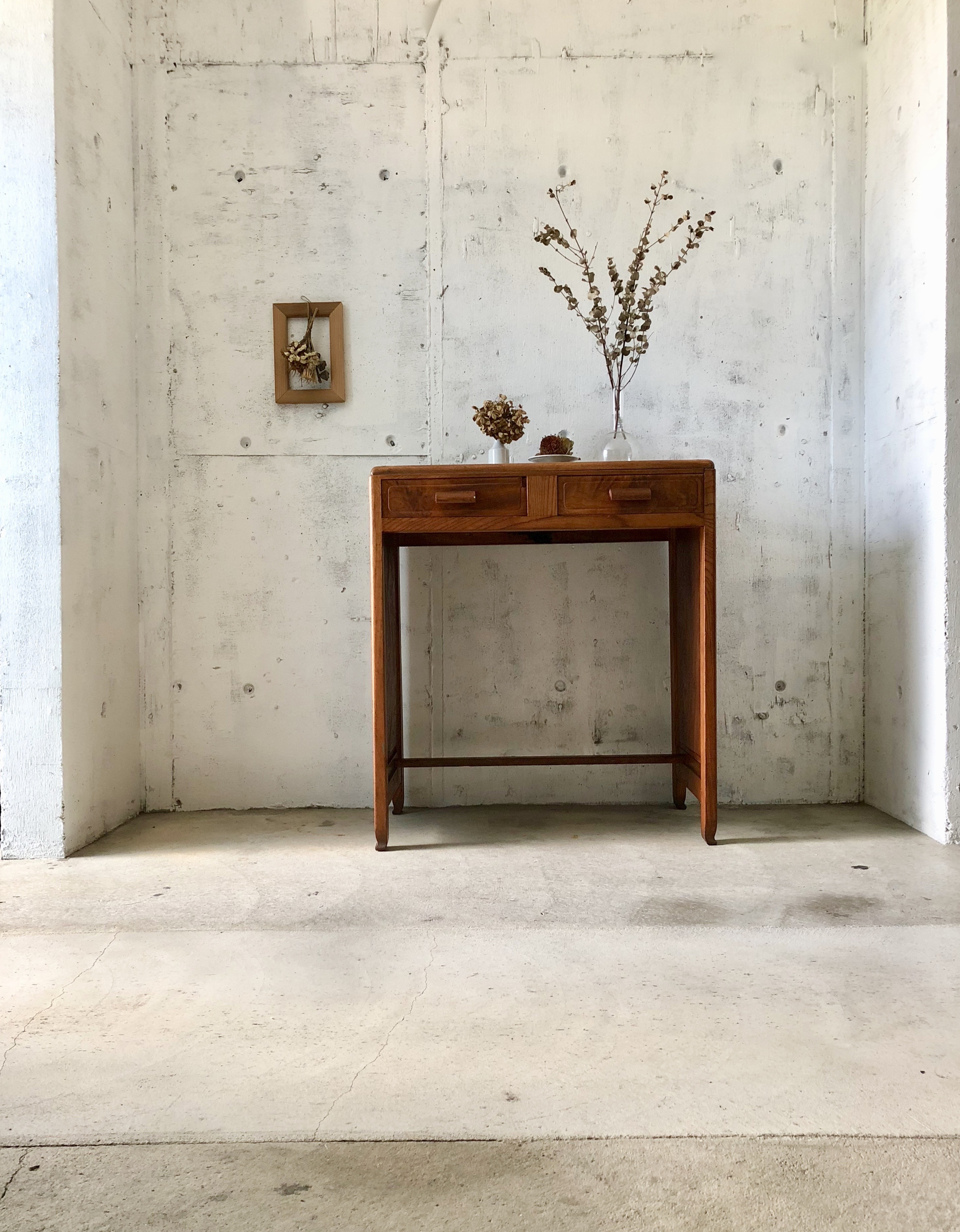 レトロな木製デスク[古家具]