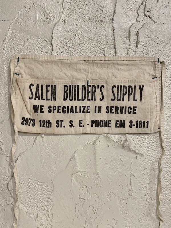 "WORK APRON "" SALEM BUILD'S SUPPLY """
