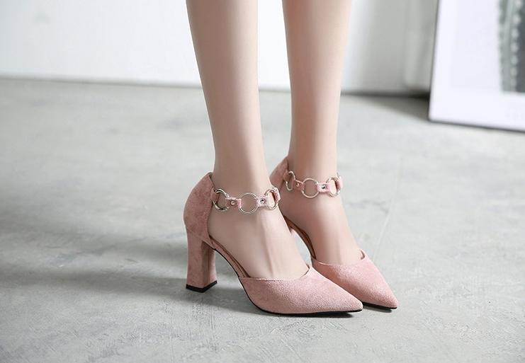 チェーンストラップパンプス エレガント チャンキーヒール ストラップ セパレート 8.5cmヒール PUレザー レディース 春夏 靴