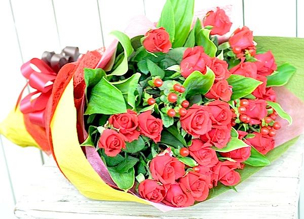 真っ赤なバラの花束 NO3