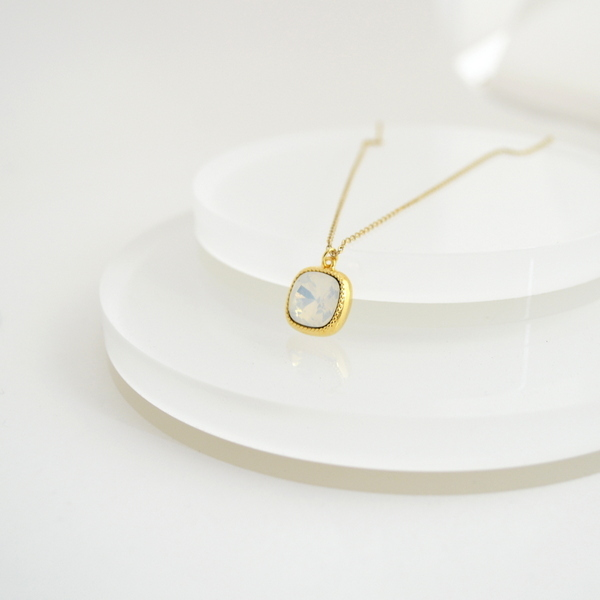 Swarovski(White Opal) Necklace