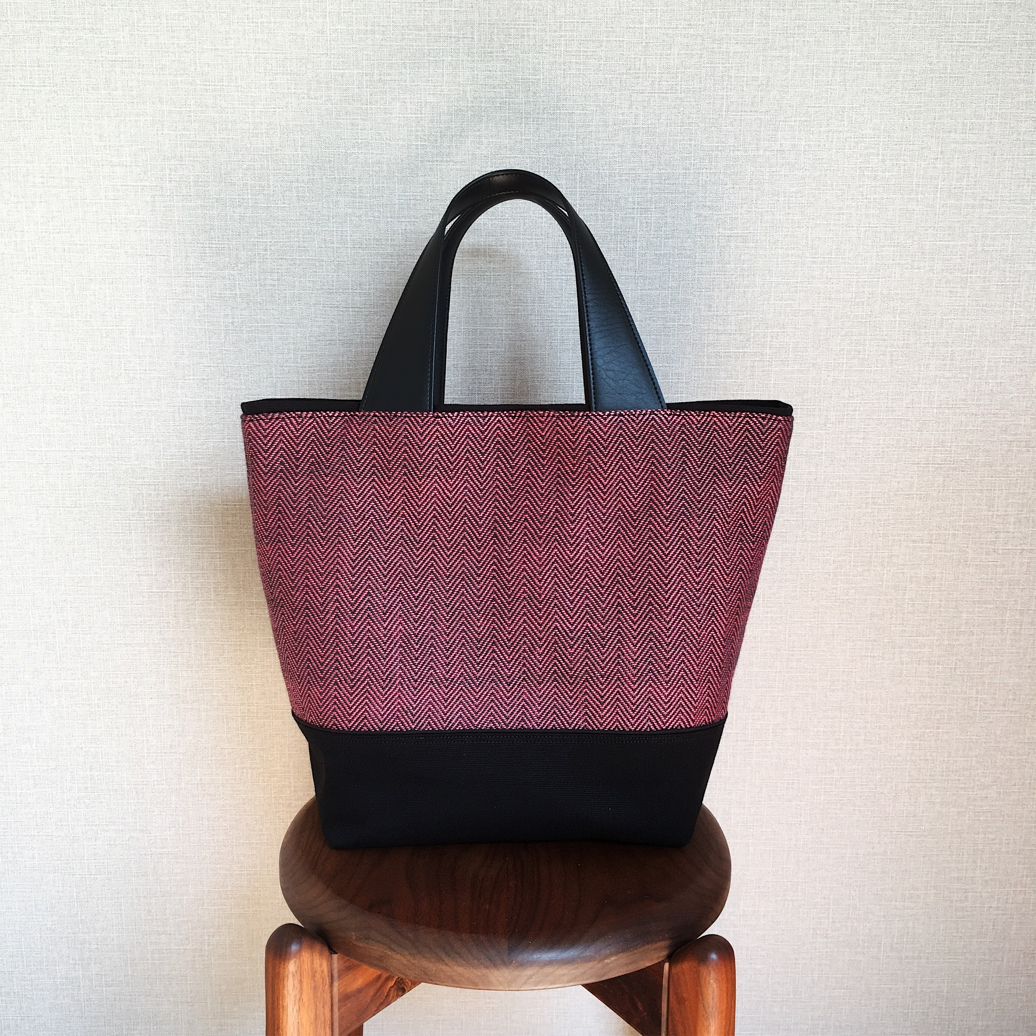 手織りトートバッグ(Tote bag Pink herringbone)