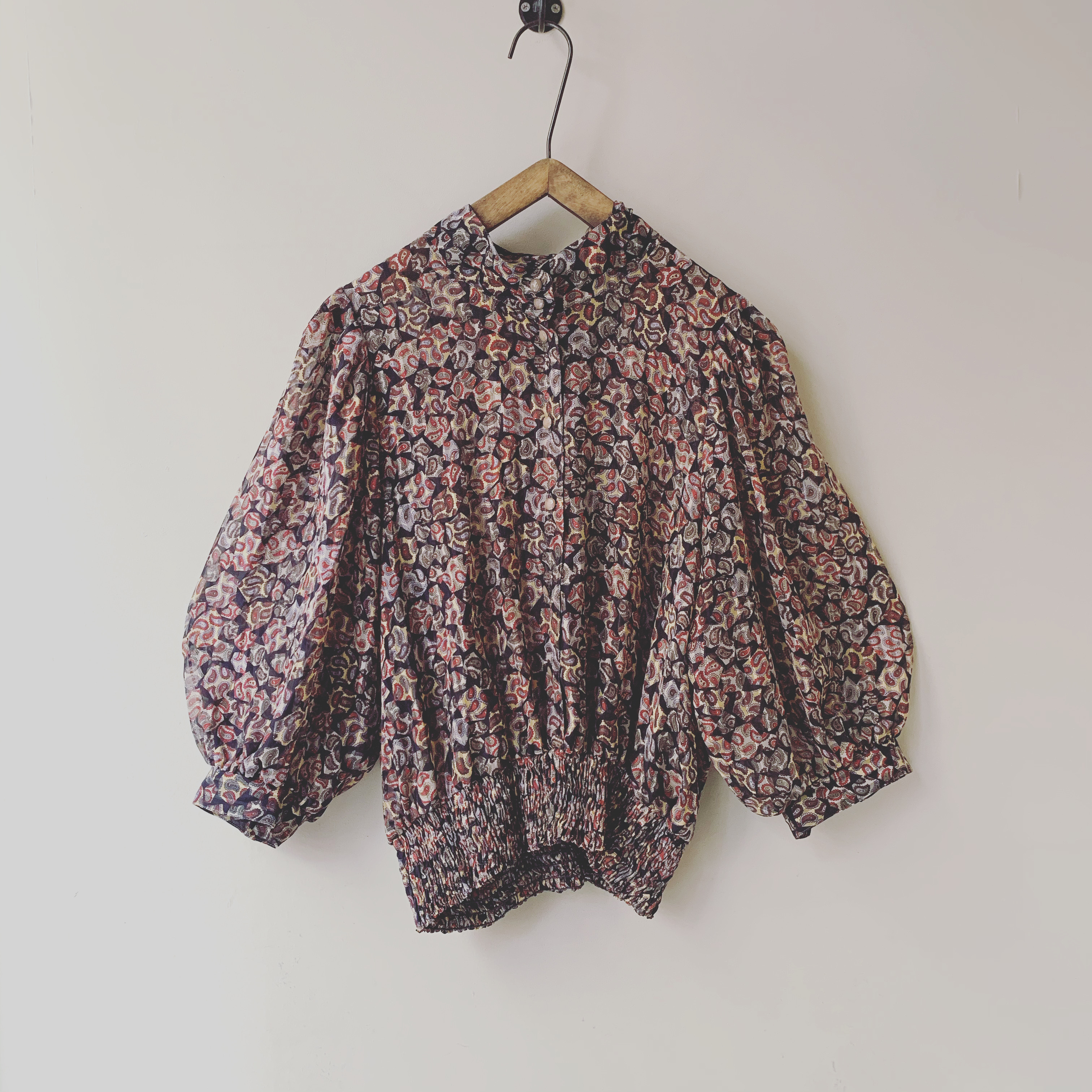 vintage balloon sleeve paisley blouse