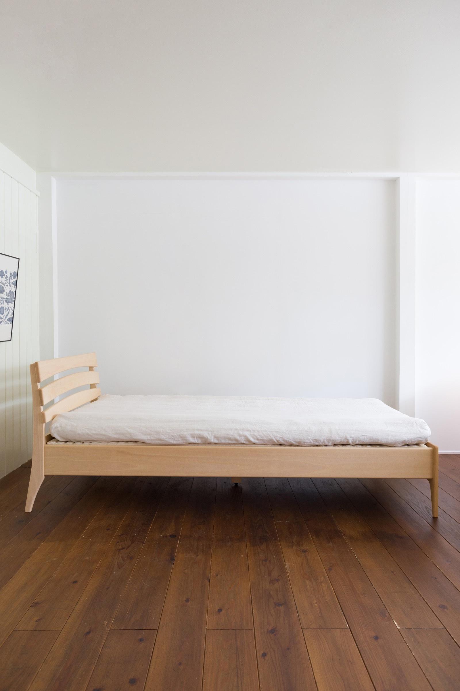 【Relax(リラックス)】 「ROOTS」天然素材で作った、調整できるベッドセット(シングル/ウッドスプリング Relax 2000)