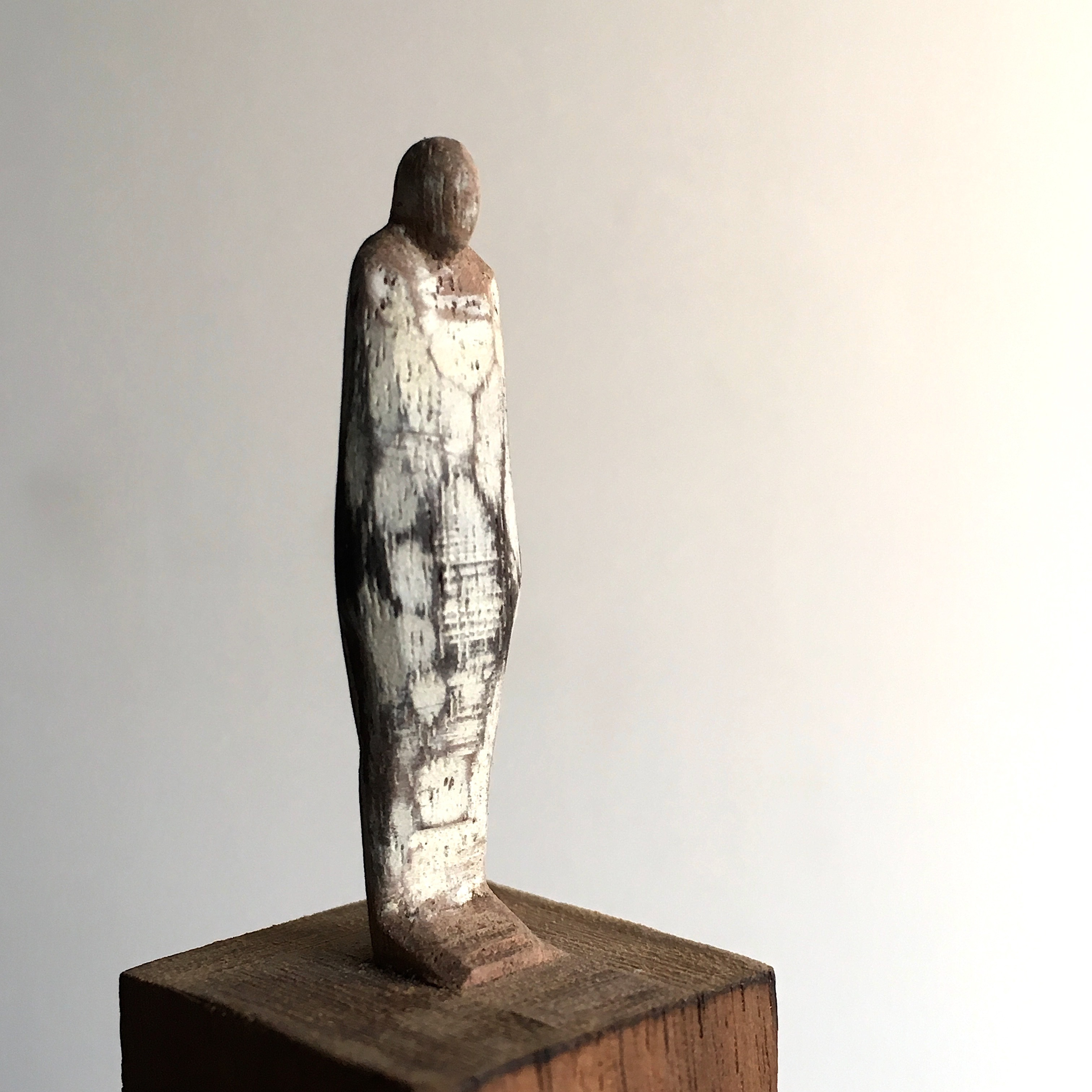 wood figure mini / olectronica