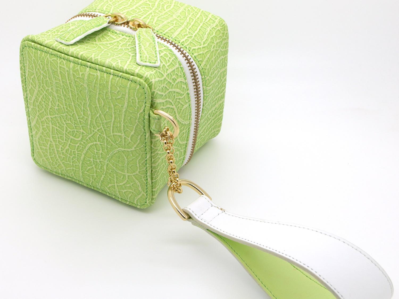 四角いメロンのミニバッグ/牛革製