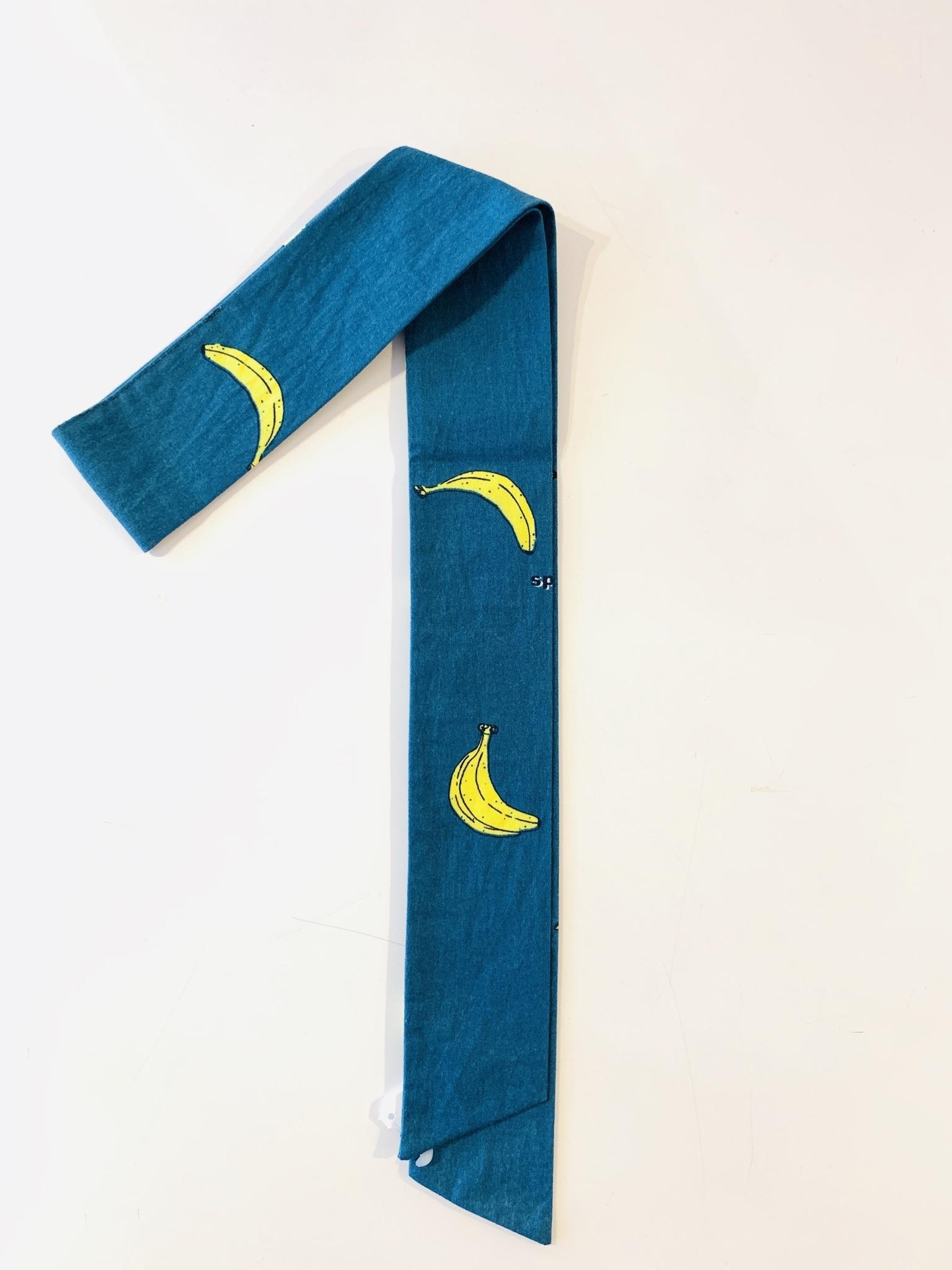 スカーフチャーム バナナ ブルー