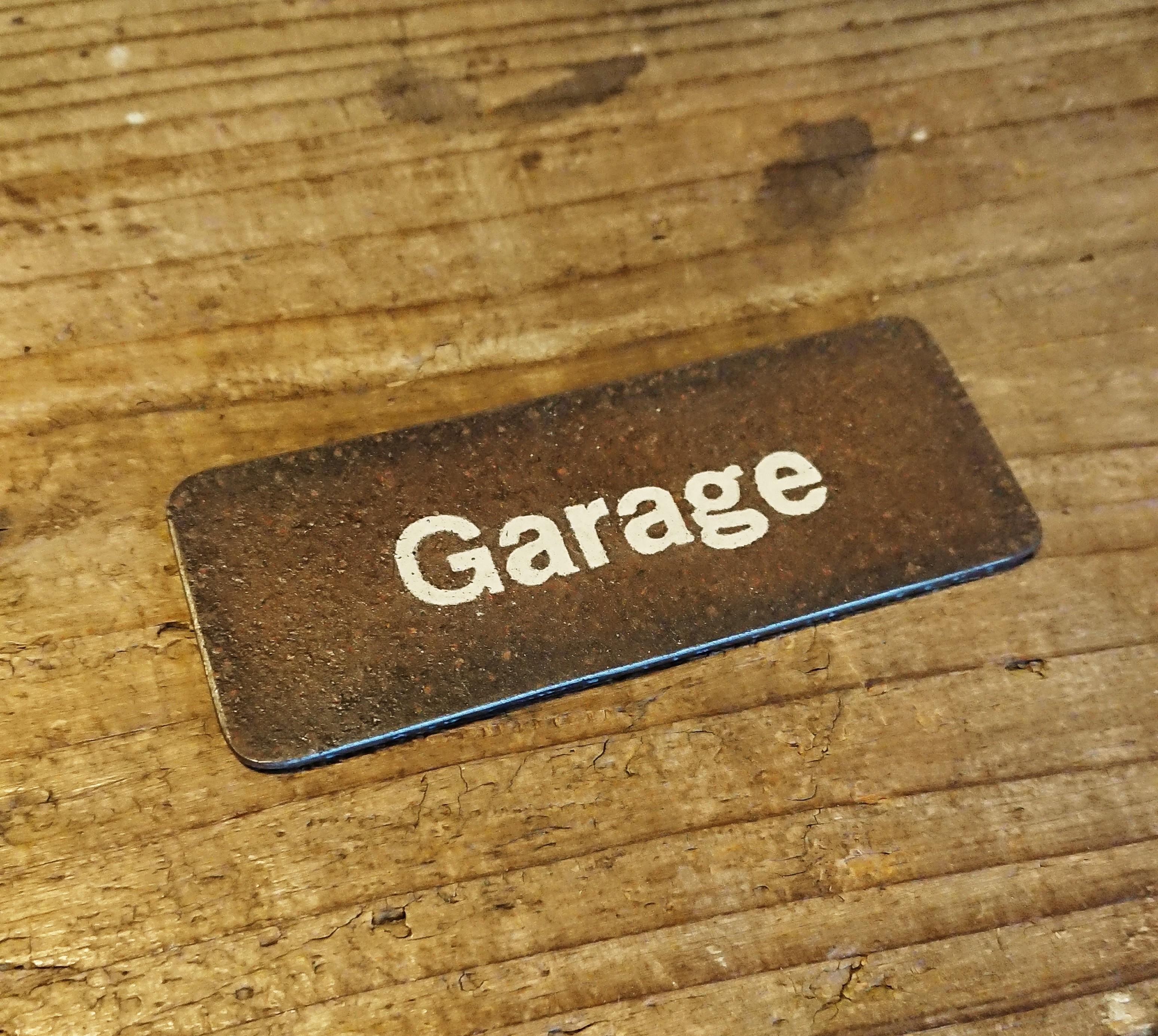 【残り一点】アイアン 錆 ミニ看板 Garage