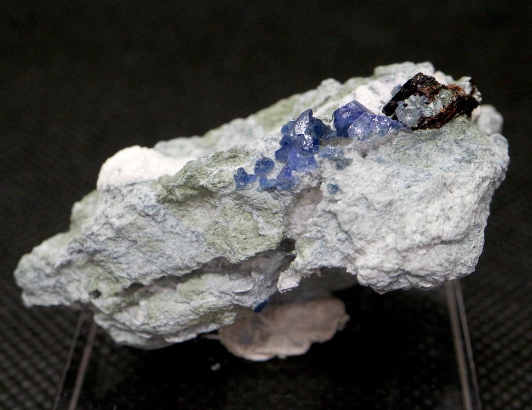 ベニトアイト ネプチュナイト ベニト石  カリフォルニア産  21,2g BN046 鉱物 天然石 パワーストーン
