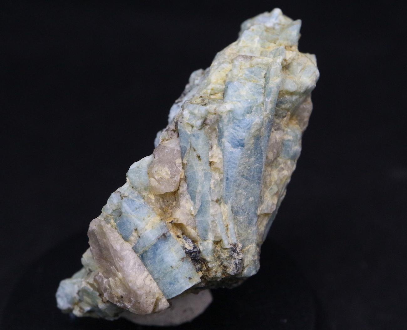 ブルーベリルアクアマリン カリフォルニア産 15,4g 原石 AQ039
