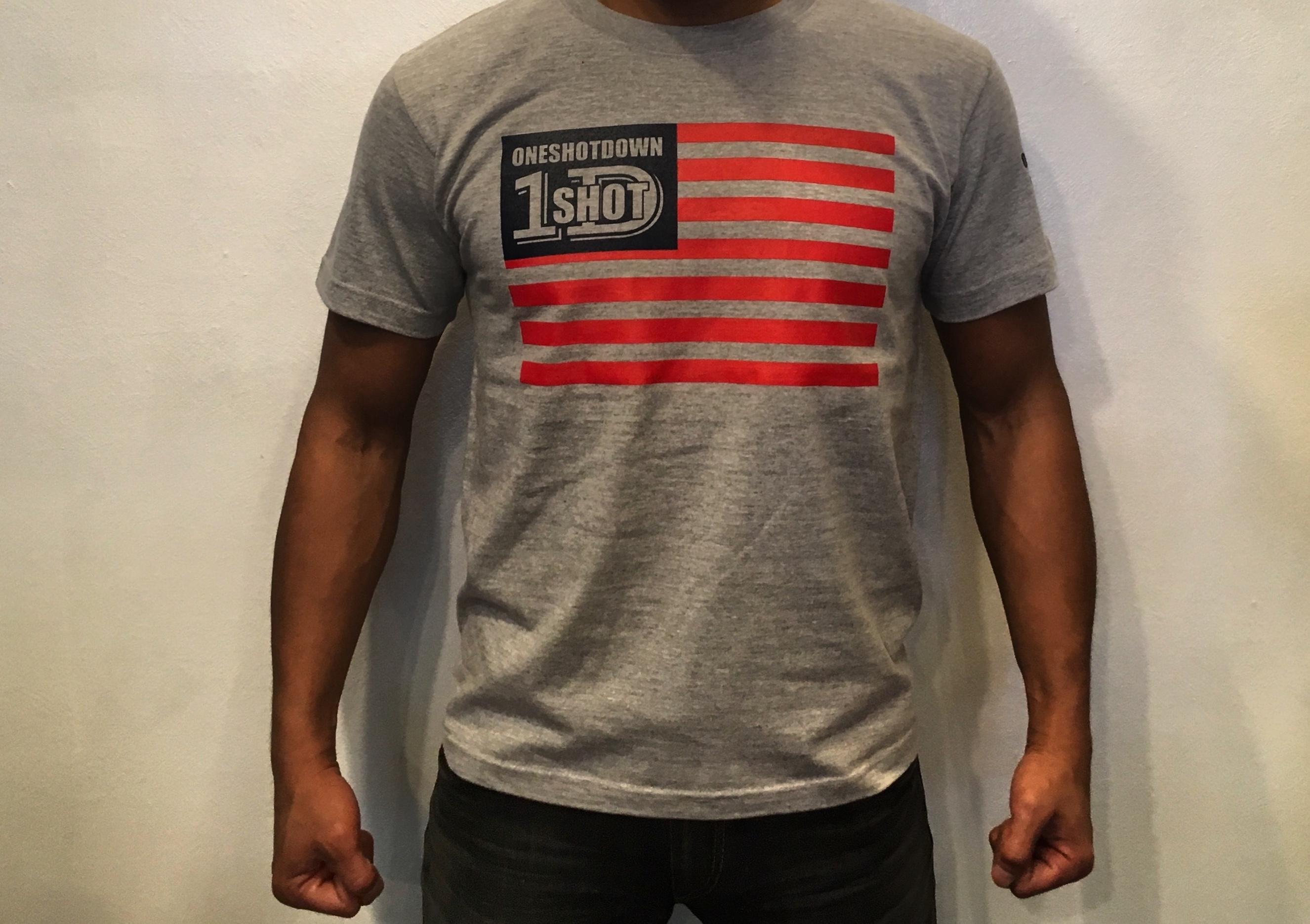 ONESHOTDOWN USA国旗デザインTシャツ - 画像5