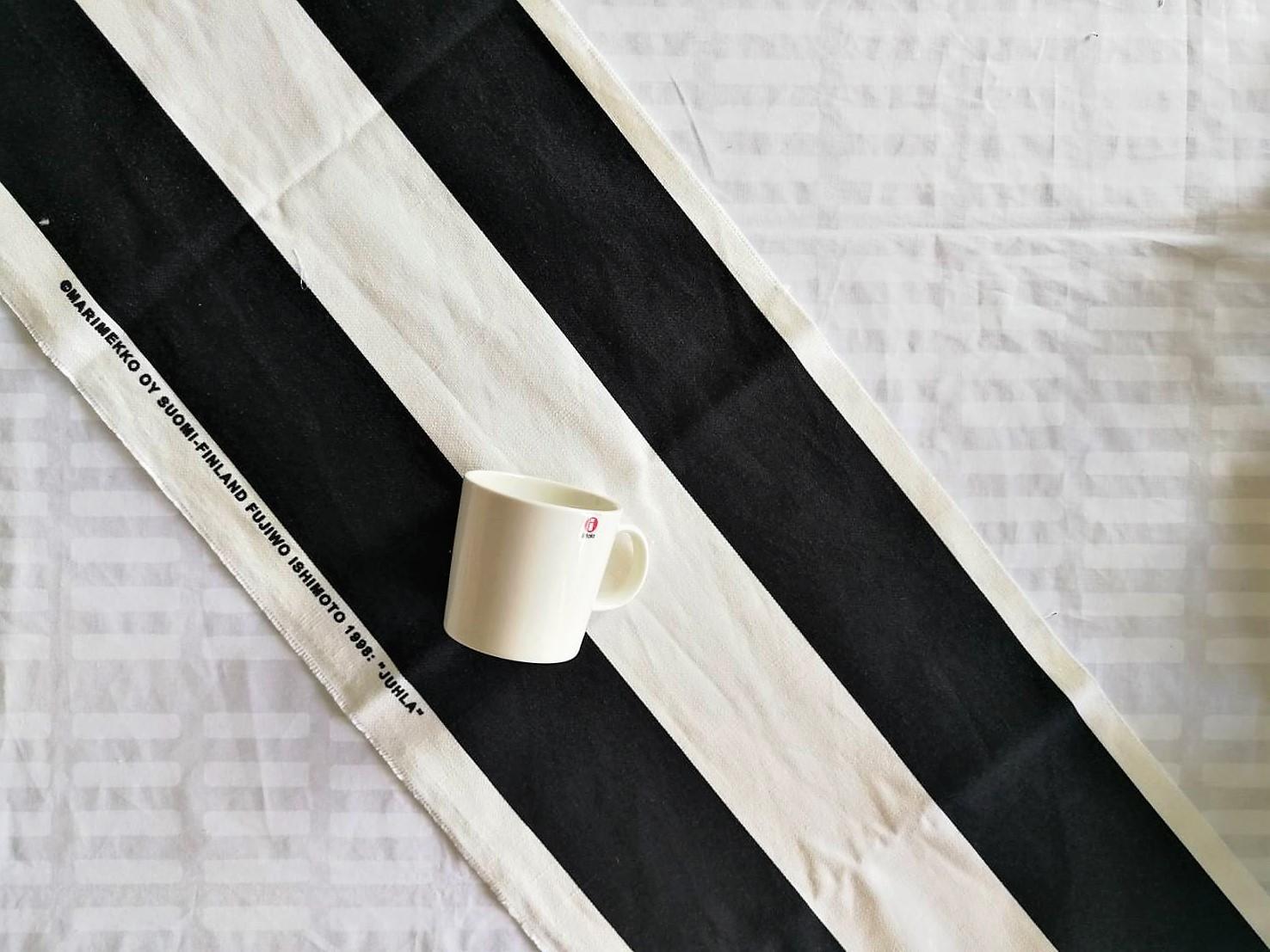 ハギレ / マリメッコ / JUHLA / WHxBK (33x94~111cm)