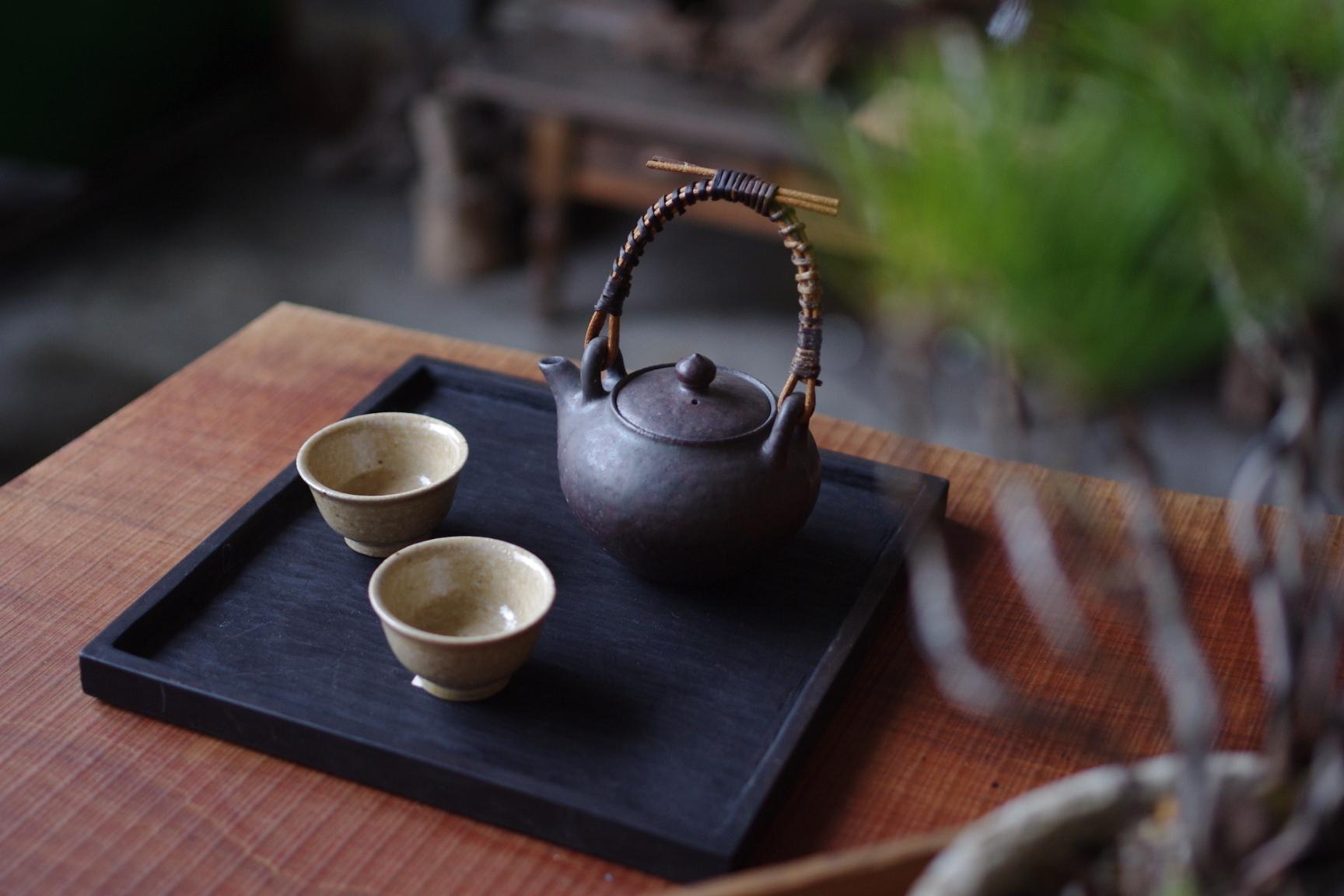 角盆 和桜 鉄媒染(柿渋) 徒爾