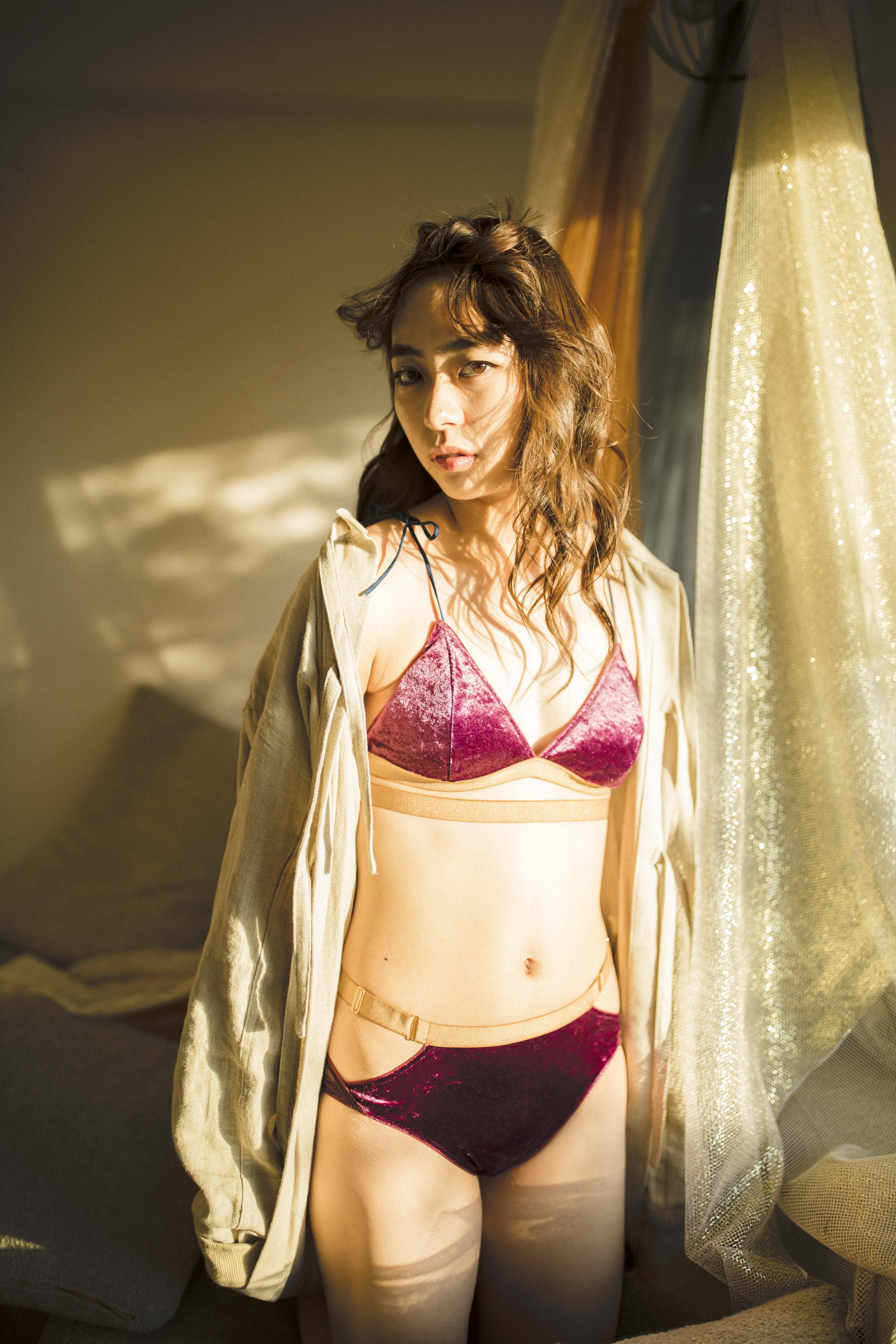 【GEMINItale × AYA EIGHTPRINCE】ベロアショルダーリボンブラレット