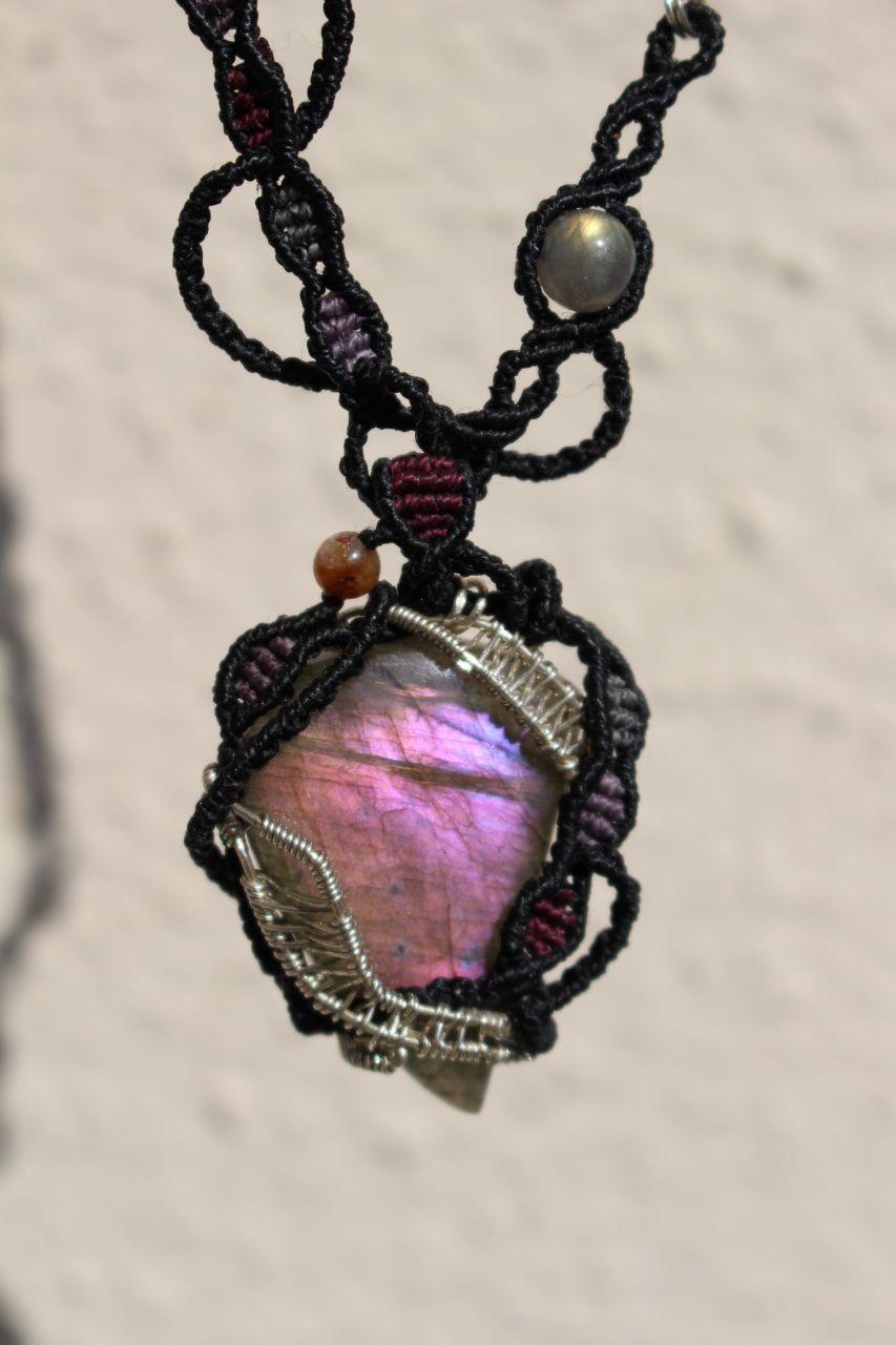 Purple labradorite silverwire micromacrame necklace